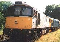 33065 + 33063 on the spur next to the station about to move back to sdgs for technical checks, 14/7/01. photo D.Robinson
