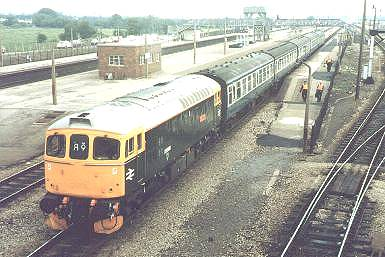 33008 'EASTLEIGH' DEPARTS SEVERN TUNNEL JCN.WITH 10.10 PORTS.-CARDIFF, 19/6/86