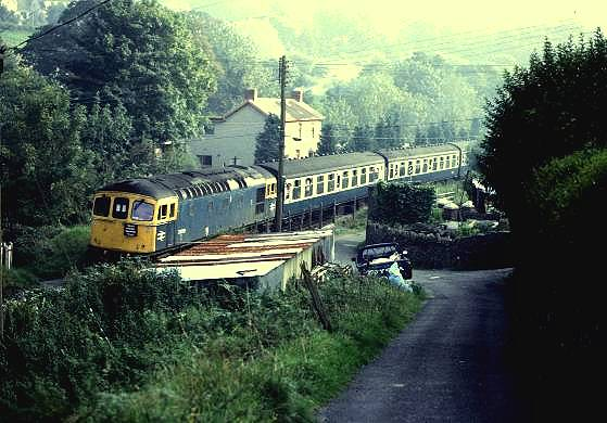 33019 near Black Mill in the Ogmore Vale, North of Bridgend. Welsh Washery Wanderer 28-9-85