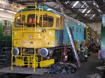 looking a little worse for wear, 33063 in TWW shed, 2/4/05